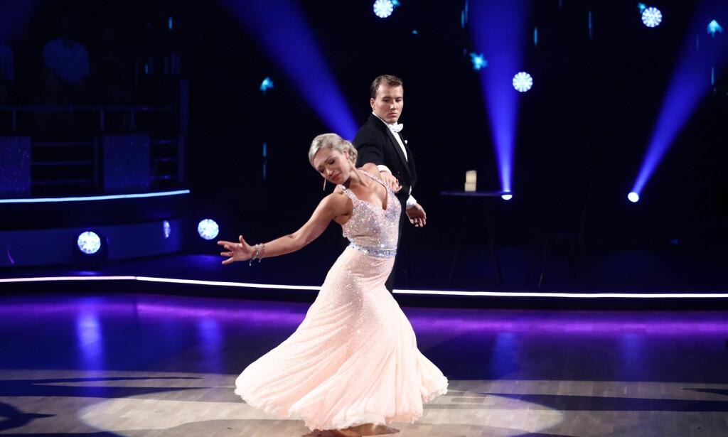FIKK FLEST POENG: Under «Skal vi danse»-premieren forrige helg var det Grunde Myhrer og Ewa Trela som toppet sendinga, med 35 av 40 poeng. Foto: Thomas Reisæter/ TV 2