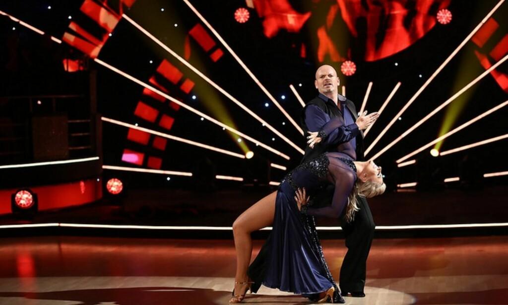 UTE AV DANSEN: Tommy Steine og Alexandra Kakurina er første par ute av programmet. Foto: Thomas Reisæter/ TV 2