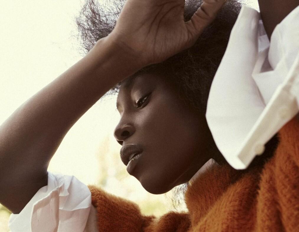 MOTESERIE: Foto: Janne Rugland | Styling: Afaf Ali | Hår og makeup: Jens J. Wiker | Modell: Sonja Wanda/Team Models