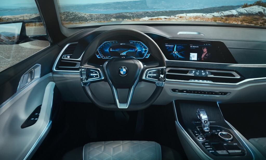 Nye takter: Interiøret får nytt utseende, og vil ha en 12,3 toms skjerm. Foto: BMW