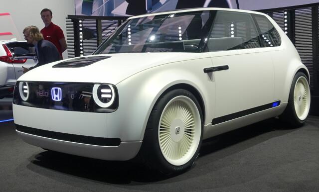 ddea3c9f RETRO: Honda har sett tilbake til tidlige modeller som N360 da de har  designet denne