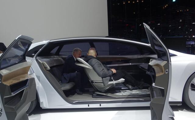 123bf01d FREMTIDEN ER SELVKJØRENDE: Audi Aicon var et av konseptene på årets  Frankfurtmesse. Den forteller
