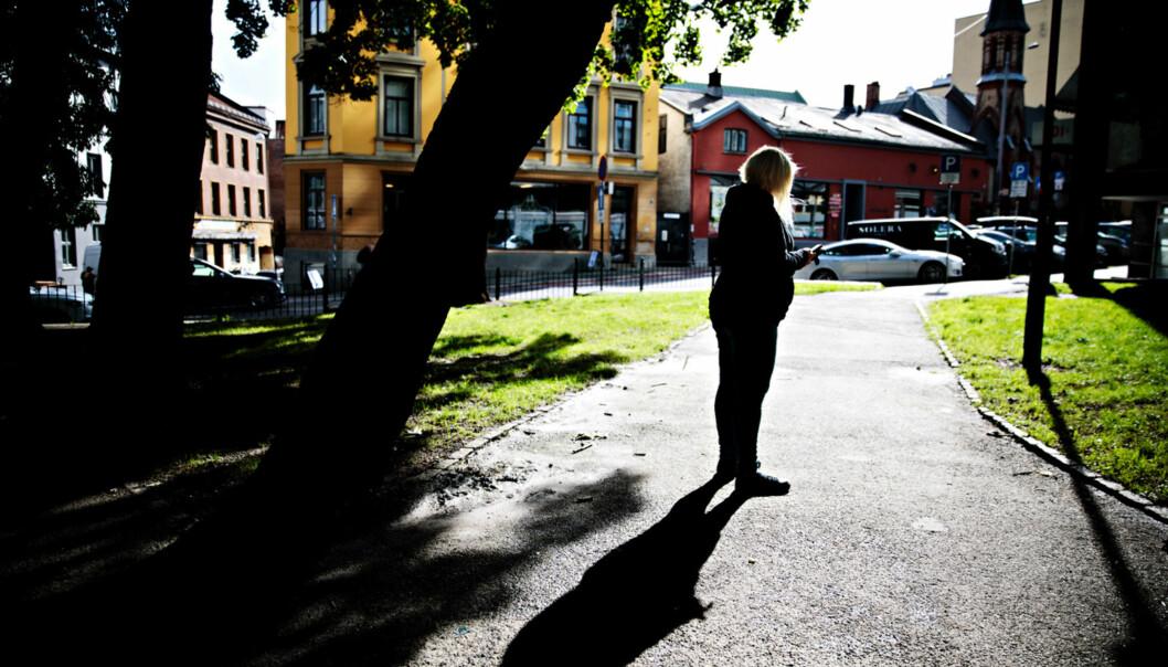 <strong>Skeptisk:</strong> - Jeg skulle ønske at jeg kunne stått fram med navn og bilde, det hadde gitt advarselen en sterkere slagside, sier Celin (40) som ønsker å være anonym i møte med Dagbladet. Foto: Nina Hansen