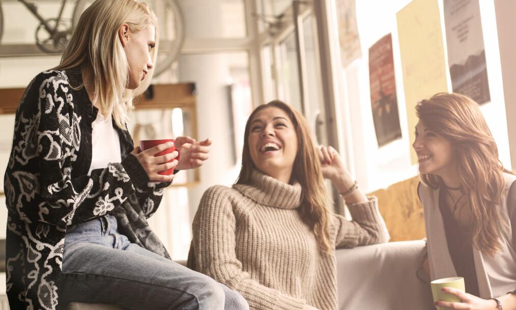 GLORIE-EFFEKTEN: Glorie-effekten gjør at vi tilegner folk positive trekk fordi vi liker noe ved dem. FOTO: NTB Scanpix