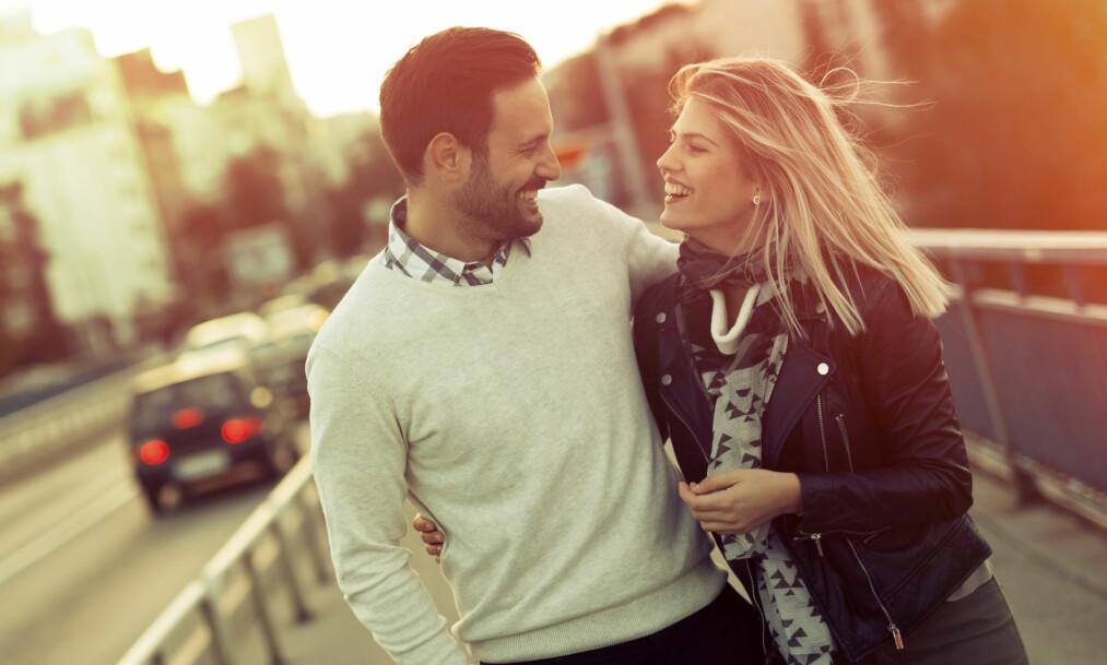<strong>SEX OG DATING:</strong> Vi er ganske samstemte når det gjelder hvordan dating-fasen skal foregå, ifølge en undersøkelse. Men på noen områder er gutta hakket mer frempå. FOTO: NTB Scanpix