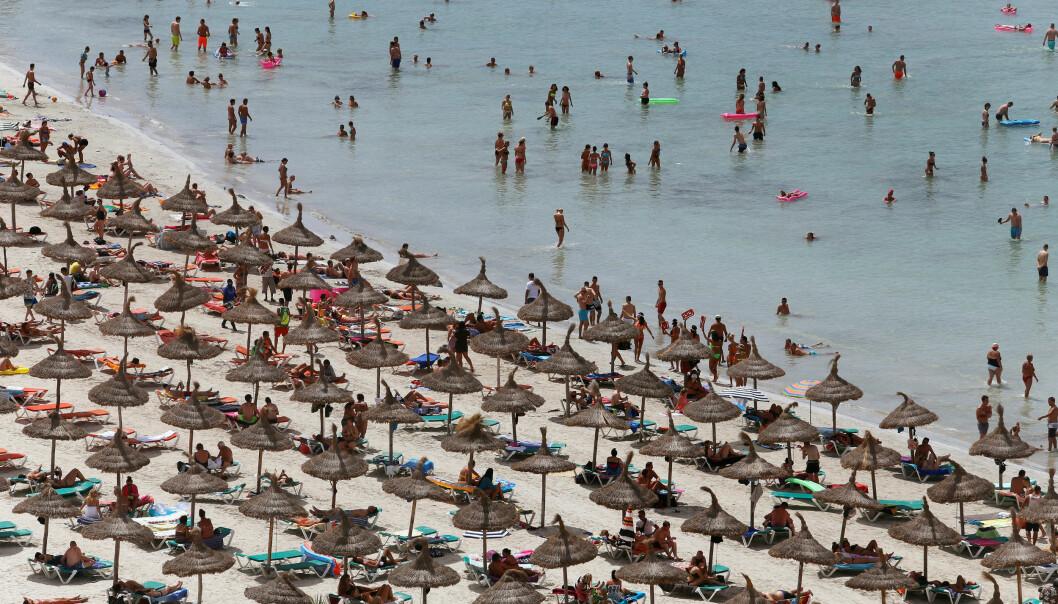 <strong>POPULÆR STRAND:</strong> Playa de Palma, eller Arenal som stranda også er kjent som, er svært populær. Denne uka ble den stengt på grunn av forurensing. Foto: NTB Scanpix