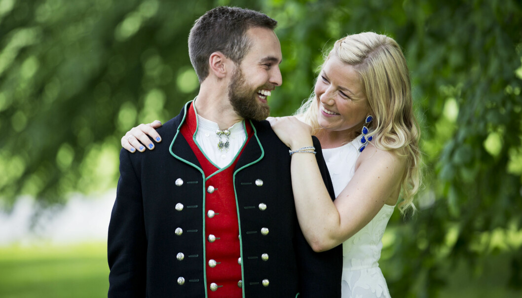 DET FØRSTE MØTET: Vebjørn Tveiterås og Annabelle Bauer møttes for aller første gang i sitt eget bryllup. Og til slutt ble det fullklaff! Foto: TVNorge
