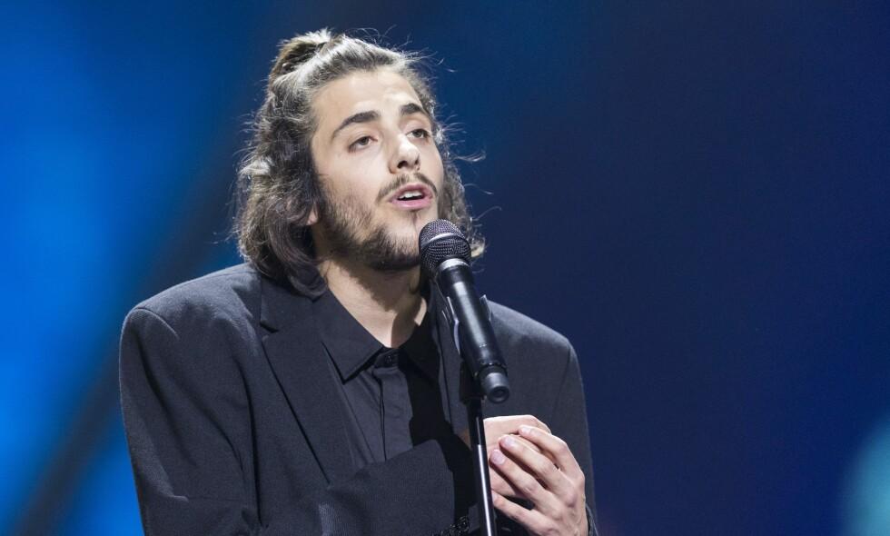 ALVORLIG SYK: Det er kun måneder siden Salvador Sobral vant årets Eurovision-finale i Kiev. Nå trenger han et nytt hjerte for å overleve. Foto: Rex / NTB scanpix