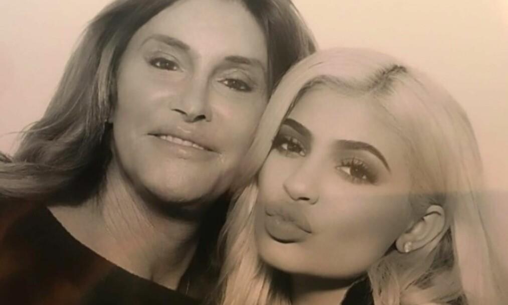 <strong>BABYLYKKE:</strong> Kylie skal selv ha fortalt faren at hun er gravid for en stund siden, ifølge Caitlyns talsperson. Foto: Instagram/Caitlyn Jenner