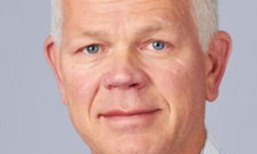 APPLAUDERER: Arne Dulsrud mener at de andre kjedene bør følge Coops eksempel. Foto: SIFO