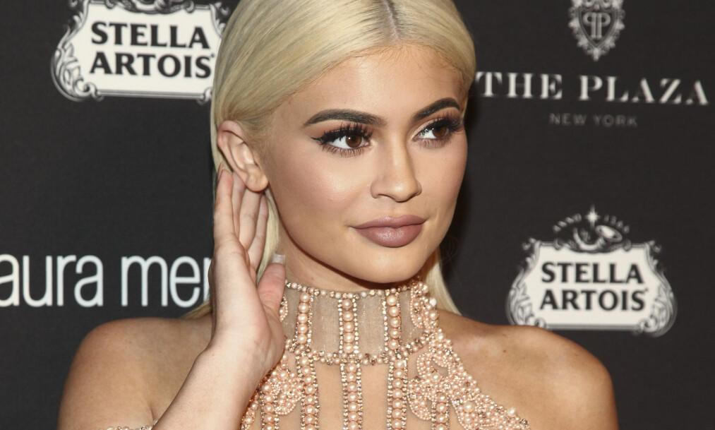 <strong>- BLIR MAMMA:</strong> Flere har de siste ukene hevdet at den yngste i Kardashian/Jenner-klanen, 20 år gamle Kylie Jenner, skal bli mamma. Nå kan hun ha bekreftet det selv. Foto: NTB scanpix