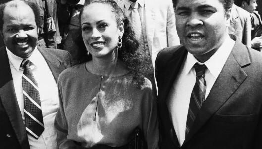 HISTORISK: Mohammed Ali utnyttet bevisst sin stjernestatus til å kritisere USAs krigføring i Vietnam. FOTO: AP/Neal Ulevich.