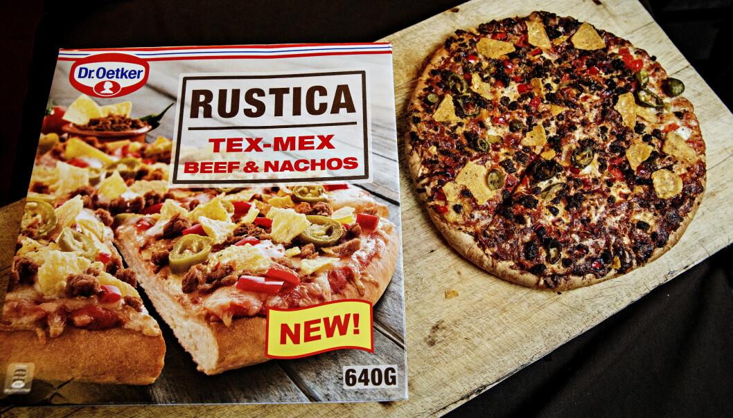 <strong>NATTMAT:</strong> Tex-mex pizzaen har for mye bunn, men det er mye mat i pizzaen.