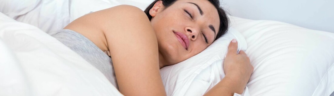 VIKTIG: Å sove er essensielt for at hjernen og kroppen vår skal fungere optimalt i hverdagen. Sjekk våre best tips for en god natts søvn under! FOTO: Scanpix