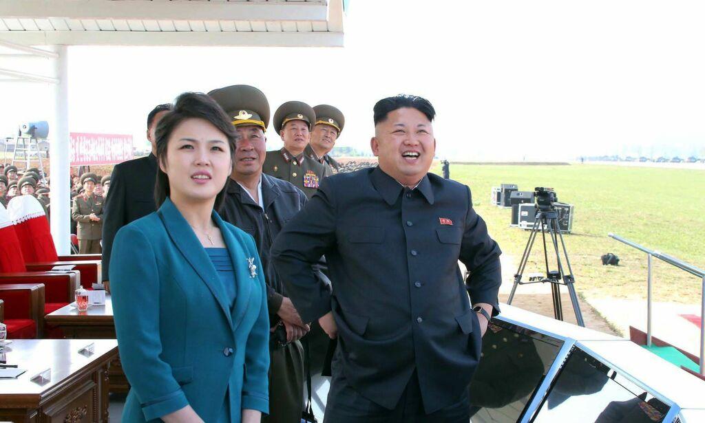 image: Hun smiler ofte ved diktatorens side. Likevel vet verden nesten ingen ting om Ri Sol-ju