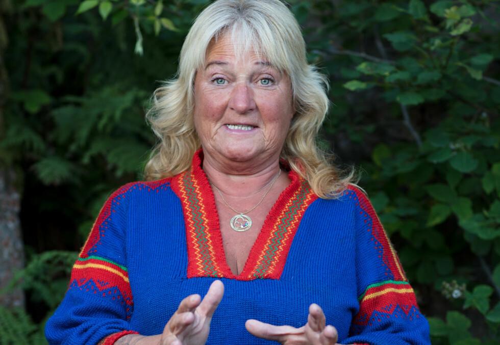 I SVERIGE: Kommentarfeltene har stått i fyr og flamme etter at Line Suomalainen (55) måtte takke for seg i «Farmen» i går. Selv forteller 55-åringen at hun ikke har registrert tilbakemeldingene, da hun befinner seg i Sverige. Foto: Alex Iversen / TV 2