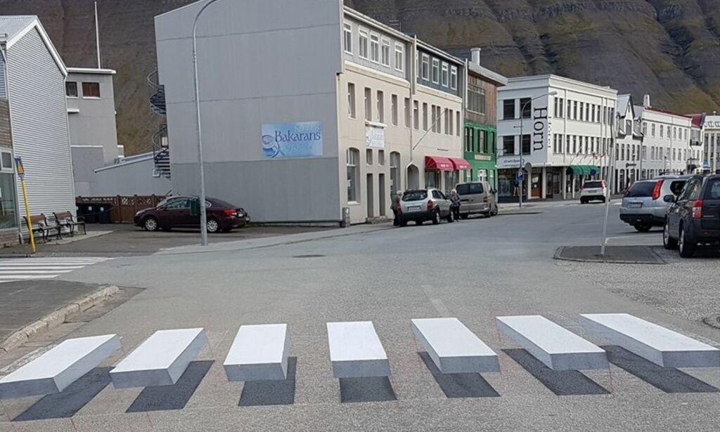 image: Islandsk fotgjengerfelt går verden rundt