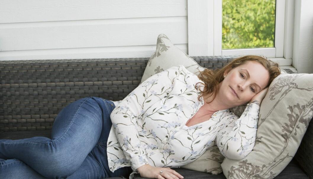 SLITEN: Kristina merker hun ofte blir sliten, og kan ikke gjøre like mye som før. - ME er en sykdom som har en enorm stor innvirkning på et menneskes liv, sier psykiater Anne Kristine Bergem. FOTO: Ellen Jarli