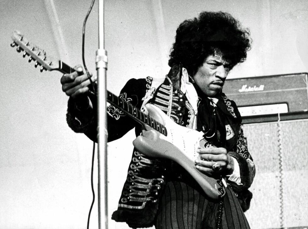 LOV Å LIKE: Lister blir til heimstaddiktning denne dagen. Jimi Hendrix må alltid være med. her fra Gröna Lund i 1967. Foto: NTB Scanpix.
