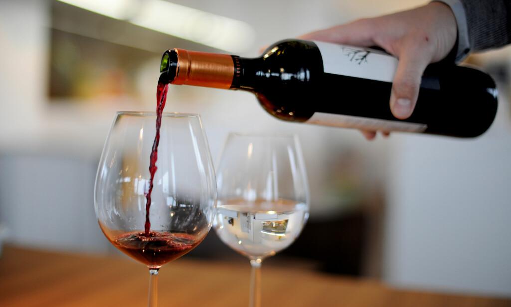Skattefri gevinst: Du kan selge kunst, vin og antikviteter er blant gjenstandene som kan selges uten at gevinsten blir skattlagt. Foto: Frank May / NTB scanpix