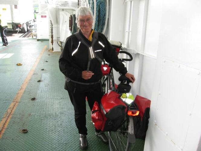 LANGTUR: Britt Pedersen har syklet helt fra Gøteborg, og gir seg ikke før hun når Nordkapp