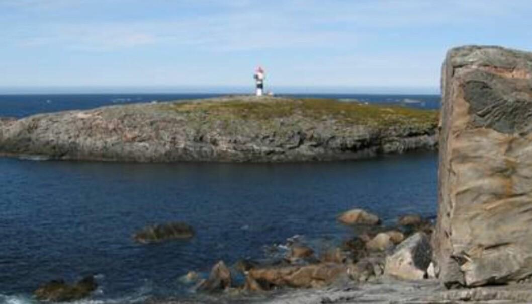 HAVET: Fortsetter du rett ut fra dette fyrtårnet treffer du ikke land før Grønland!