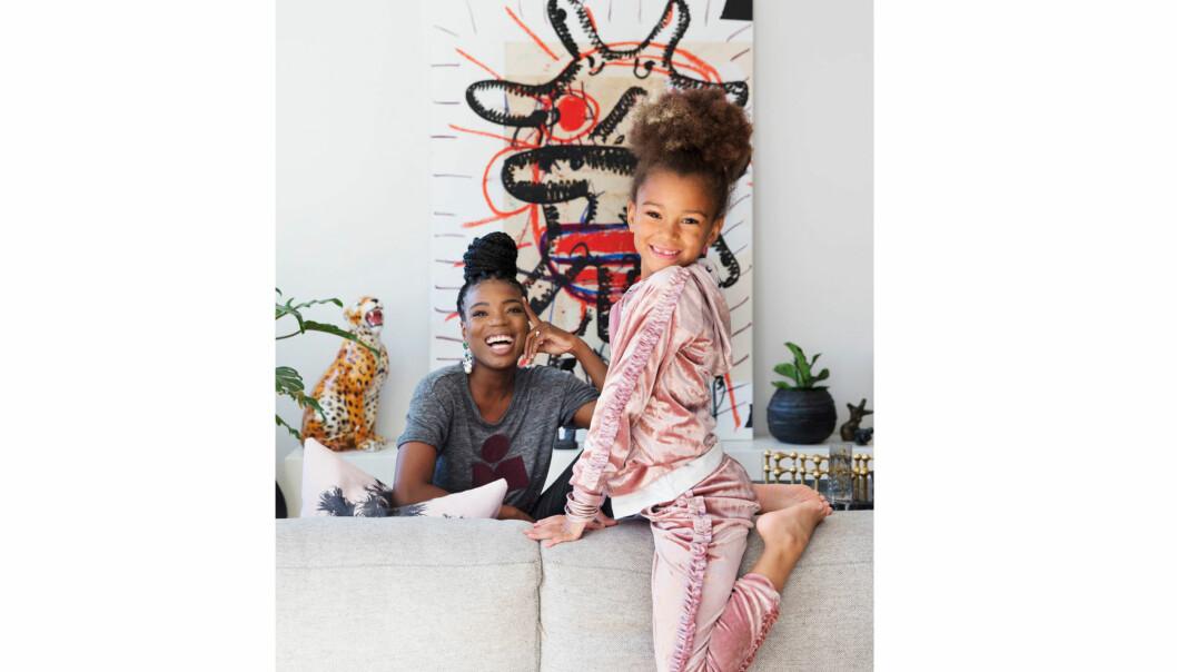 TINASHE WILLIAMSON: Til våren blir Tinashe tobarnsmor og datteren India blir storesøster. Dette bildet sto på trykk i KK34. Foto: Yvonne Wilhelmsen