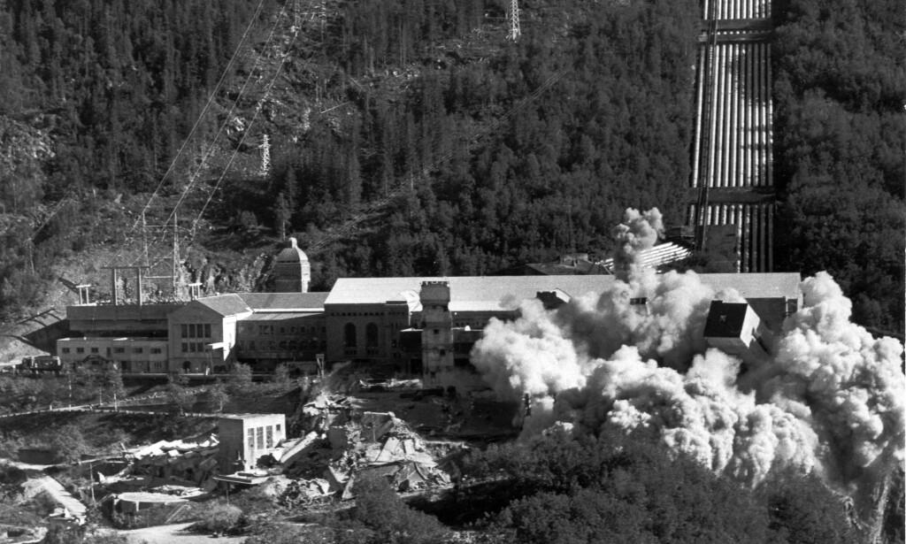 SPRENGT: 21. juni 1977 gikk hele hydrogenfabrikken - på folkemunne kalt Vannstoffen - i lufta. Foto: NTB Arkiv / Scanpix