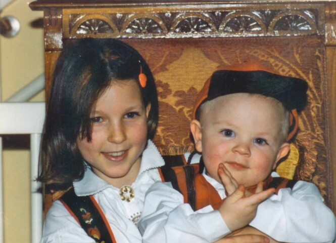 BUNAD: Ida Gran-Jansen sammen med lillebroren Fredrik Gran-Jansen. Foto: Privat