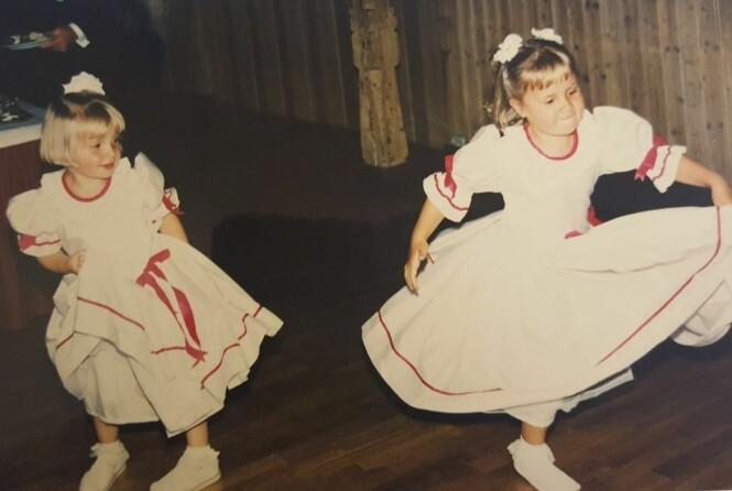 BRUDEPIKE: Helene Olafsen var brudepike sammen med søsteren Monika i 1995. Foto: Privat