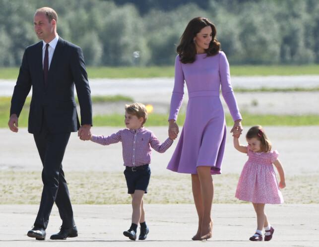 TRONARVING: Prins William og hertuginne Kates barn, prins George og prinsesse Charlotte er begge prins og prinsesse, men bare en av dem kan videreføre sin kongelige tittel til egne barn. Foto: AFP/ NTB scanpix