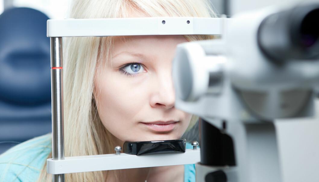 FOREBYGGENDE: En optiker vil i mange tilfeller oppdage en øyesykdom før symptomene kan merkes. Tidlig oppdagelse er viktig for behandlingen av en del øyesykdommer. FOTO: NTB Scanpix