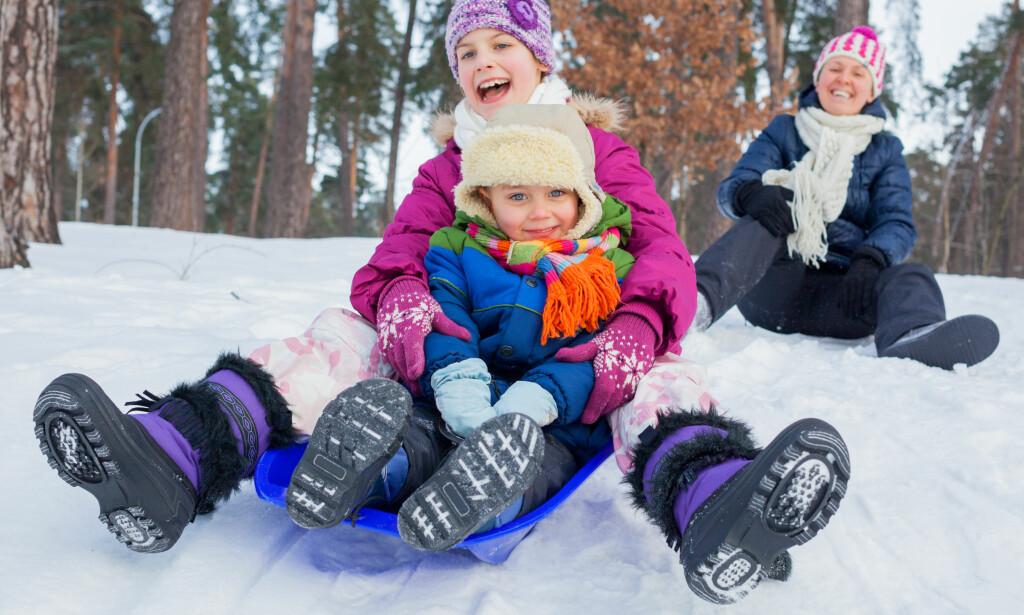 TEST AV VINTERSKO: Test av vintersko for barn avslører at det er store forskjeller på hvor godt de puster - men at de fleste er varme og tette. Foto: Shutterstock/NTB Scanpix