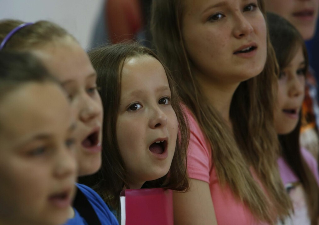 UTAN SONG: Ikkje ein gong det å vere i stand til å lede ein klassesong skal vere eit krav til ein nyutdanna lærar i dag, skriv kronikkforfattarane. Foto: NTB Scanpix