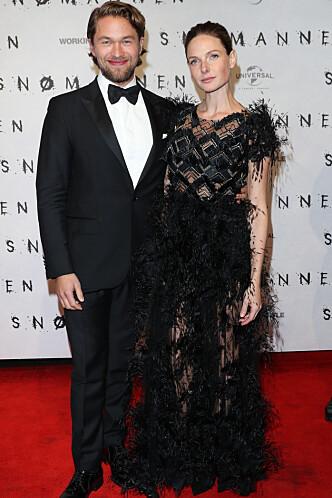 KLARE FOR PREMIERE: Jacob Oftebro og Rebecca Ferguson gledet seg stort til å se filmen på Colosseum i kveld. Foto: Andreas Fadum/Se og Hør.