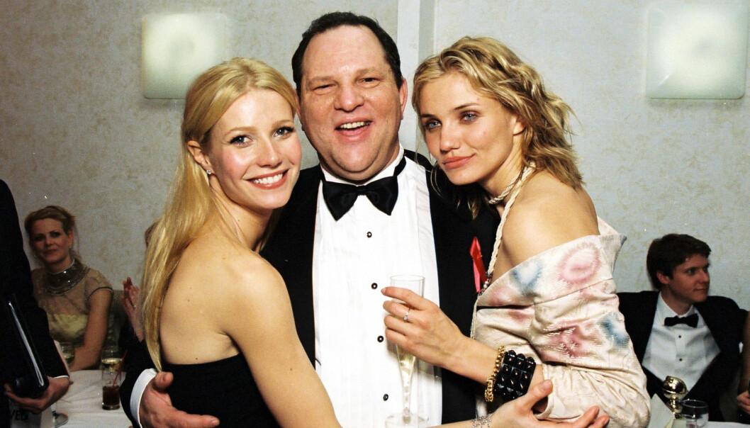 HARVEY WEINSTEIN: I begynnelsen av oktober kom de første offentlige anklagene om at filmprodusent Harvey Weinstein har seksuelt utnyttet og trakassert flere kvinner i Hollywood. Skuespiller Gwyneth Paltrow (t.v.) er en av dem som forteller om grov utnyttelse. Her med Harvey Weinstein og skuespillerkollega Cameron Diaz under en Golden Globe-tilstelning i 1999. Foto: NTB Scanpix