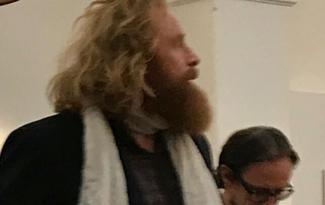 OVERLEVER HAN?: Kristoffer Hivju ble mandag observert i Belfast sammen med flere andre «Game of Thrones»-skuespillere. Foto med tillatelse fra @ketel_cat / Instagram