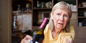 image: Avslører dramatisk misbruk: - Bestemor drikker i smug