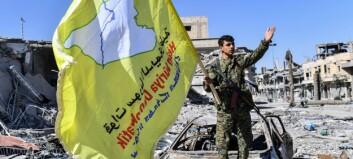 Jubler med flagg i gatene: amerikanskstøttede styrker skal ha erobret Raqqa fra IS