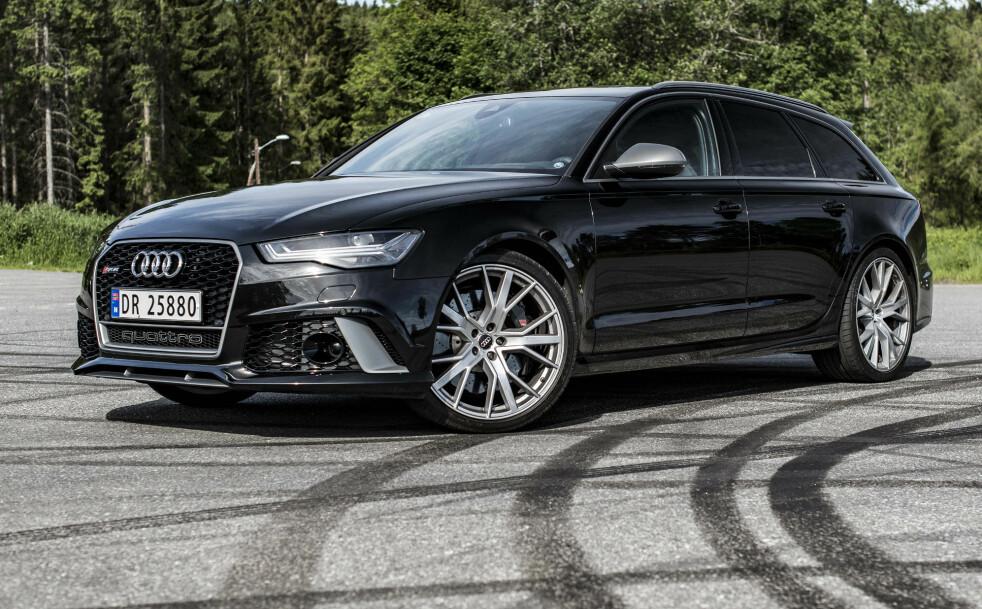 <strong>MORSOM:</strong> Audi RS6 Performance er en bil vi blir glade av å kjøre. Foto: Jamieson Pothecary