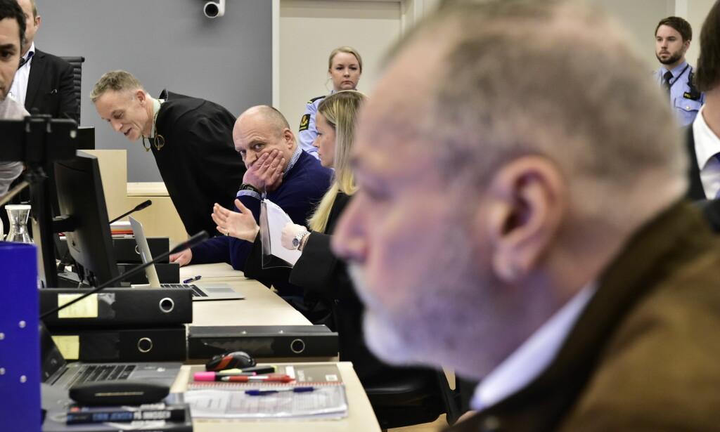 ISKALDT: Møtet mellom Eirik Jensen og Gjermund Cappelen var iskaldt på rettssakens første dag. Foto: Lars Eivind Bones / Dagbladet
