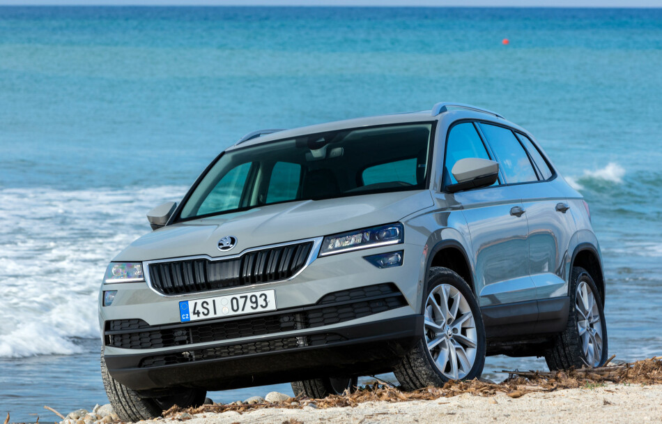 test skoda karoq skoda karoq en sv rt god pakke dinside. Black Bedroom Furniture Sets. Home Design Ideas
