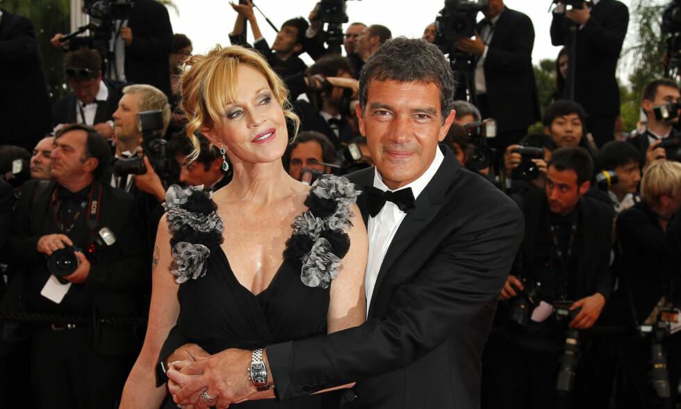EPILEPSI: Melanie Griffith mener hun ble kvitt epilepsiplagene etter at hun skilte seg fra Antonio Banderas. Her er eks-paret sammen under filmfestivalen i Cannes våren 2011 . Foto: NTB Scanpix