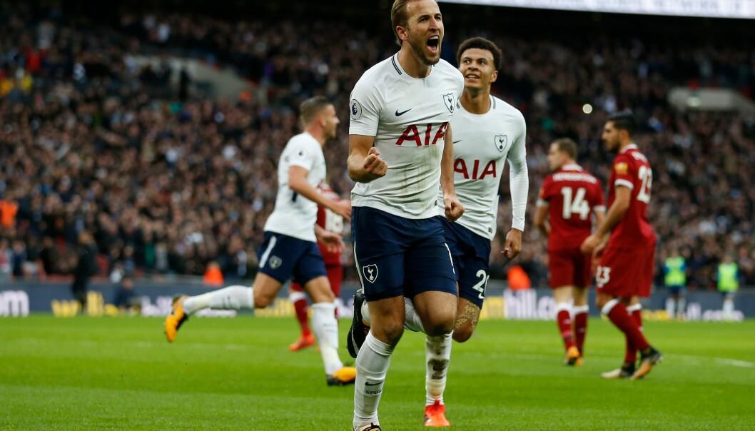 <strong>TOPPSCORER:</strong> Harry Kane feirer scoring mot Liverpool. Han er nå toppscorer i Premier League. Foto: AFP PHOTO / IKIMAGES / Ian KINGTON
