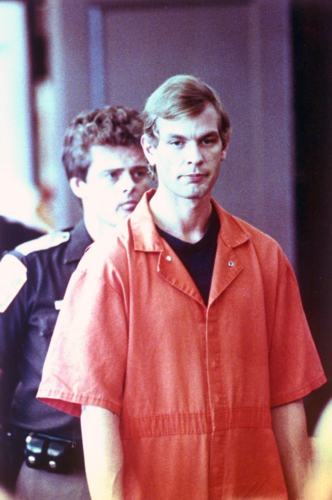 SERIEMORDER: Jeffrey Dahmer drepte 17 uskyldige menn i perioden 1978 til 1991. Her fra retten i Milwaukee County i 1991. Foto: NTB Scanpix