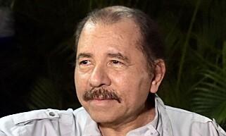 PARISAVTALEN: President Daniel Ortega skal ha hintet helt siden september om signering av miljøavtalen. AFP PHOTO / RODRIGO ARANGUA