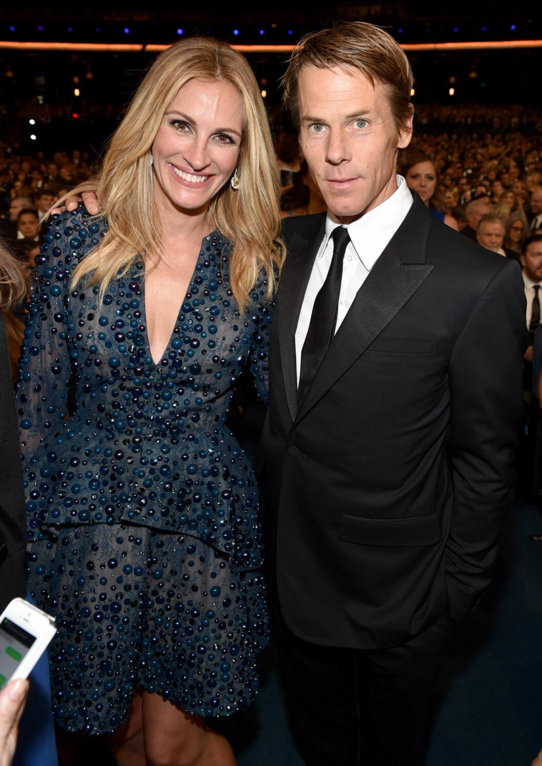 Her er ekteparet sammen under Emmy Awards 2014.