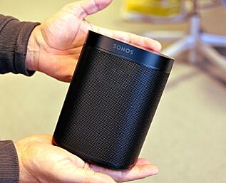Sonos One: Liten tass med stor lyd