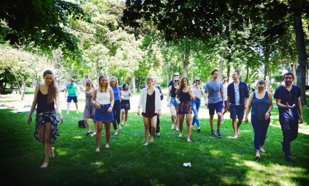image: Godkjenningstrøbbel for 200 norske psykologstudenter. Nå kan 16 av dem juble