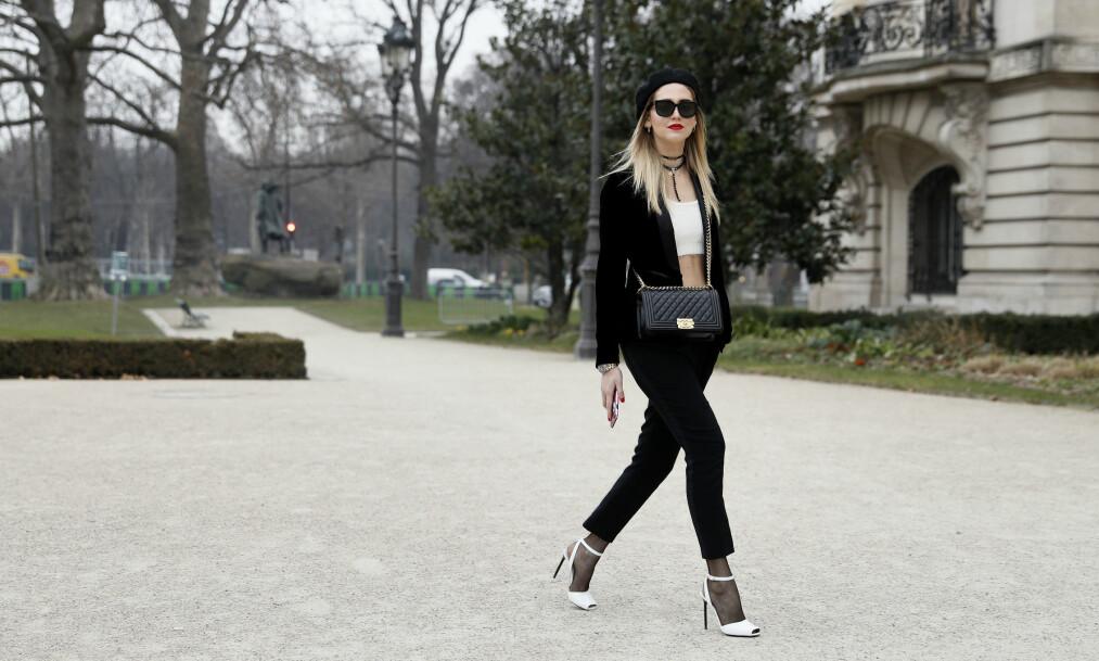 ALPELUEN GJØR COMEBACK: Chiara Ferragni viser deg hvordan du kan bruke det trendy plagget. FOTO: NTB Scanpix